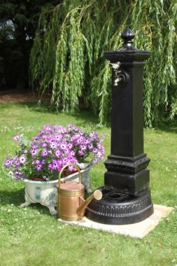 Rivendell Deluxe Water Faucet Tower