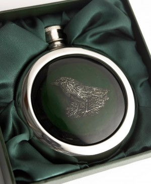 """Nesting Robin"" Stainless steel whiskey hip flask"