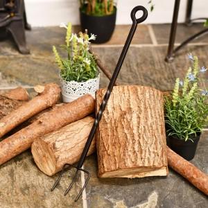 Beautiful wrought iron blacksmith pronged toasting fork