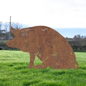 Rustic Large Sitting Pig Silhouette