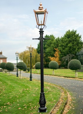 Victorian Lamp Post - Copper 3.2m