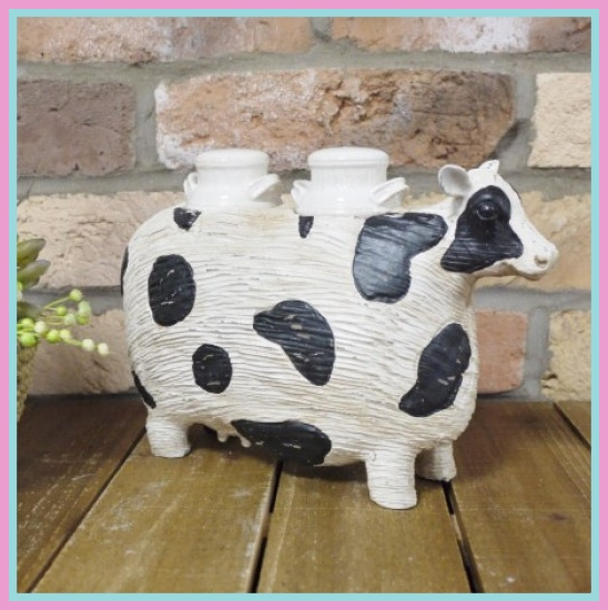 Cow Salt & Pepper Shaker