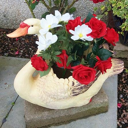 Swan-shaped garden planter