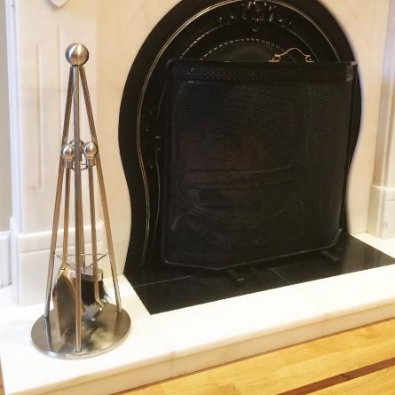 Hemsway Hall Tripod Companion set modern