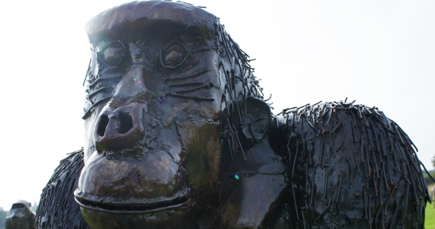 Close up of gorilla sculpture