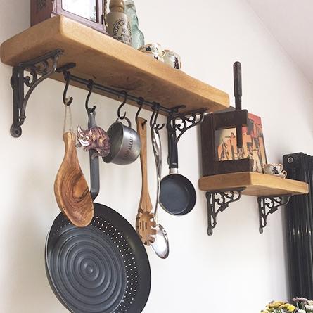 Cast iron brackets for kitchen shelves