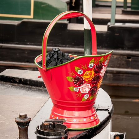 Coal scuttle for narrowboat