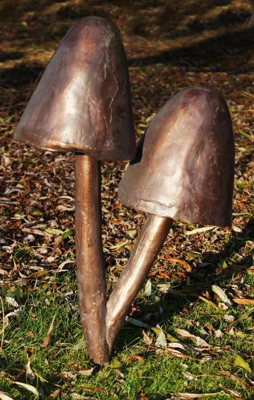 Quot Bell Cap Quot Mushroom Garden Ornaments Black Country Metal Works