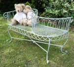 �Bestest Buddies� Children�s bench suitable for the home or garden