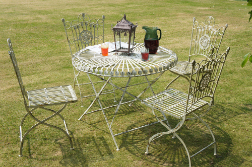 Amorettia luncheon table and chairs garden tables chair sets garden tables chairs - Garden furniture shabby chic ...